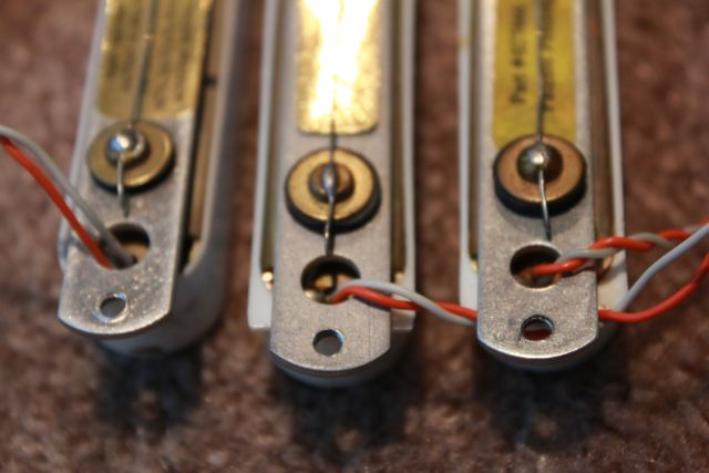 Fender Stratocaster 77 eng – Lace Nsor Gold Wiring